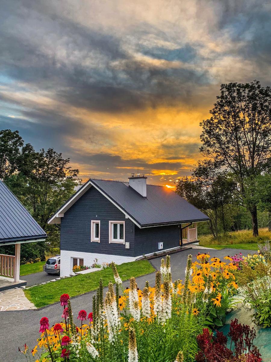 Kraina Wetlina Bieszczady domki i apartamenty, nocleg w górach, na wynajem, domek