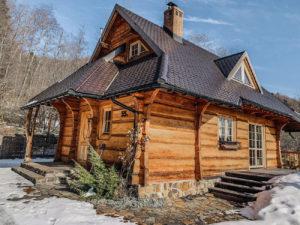 Leśne uroczysko - dom do wynajęcia w Bieszczdach, dom z bali w górach